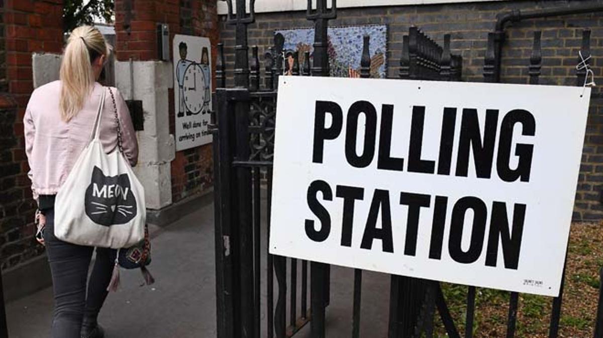 Están llamados a votar 46,9 millones de británicos.