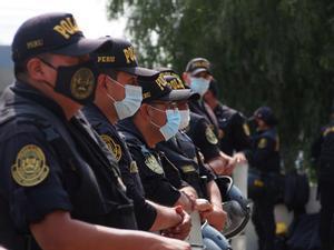 Imagen de archivo de agentes de policía de Perú.