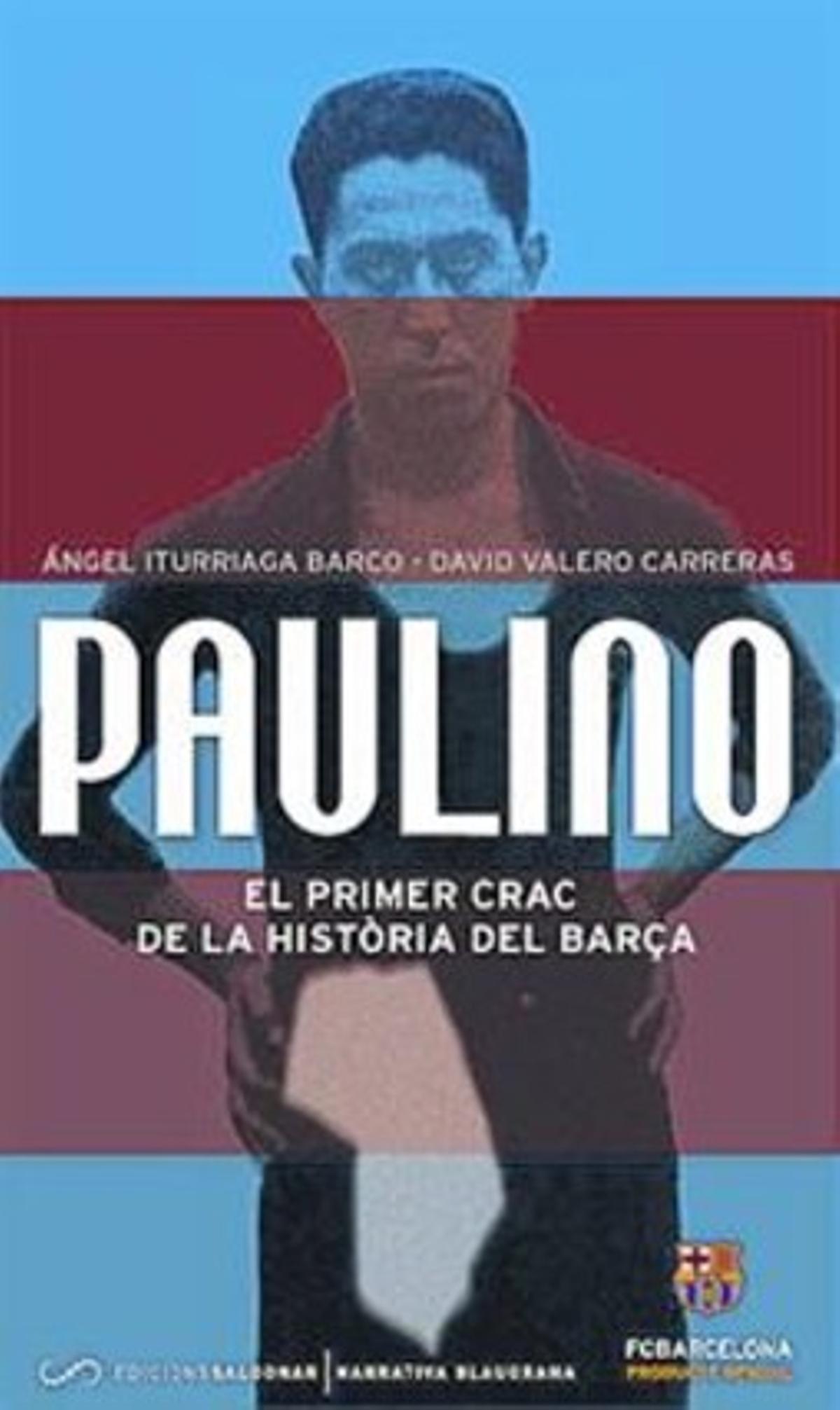 Goleador legendario 8 Paulino Alcántara remata acrobáticamente de cabeza en un partido ante el Espanyol.
