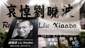 Homenaje al premio Nobel de la PazLiu Xiaobo en China.