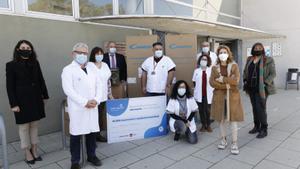 Acto de donación de 10.000 mascarillas por parte de el parque comercial Barnasud i Media Markt