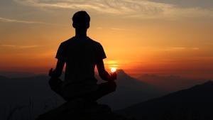 """""""Fui a una clase de meditación y no pude dejar de meditar sobre que estaba pagando 50 € por meditar"""""""