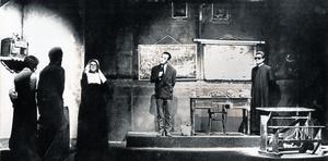 els començaments. Una imatgede 'No hablaré en clase', amb Pepe Rubianes a la dreta. Es va estrenar a L'Aliança del Poblenou el 1977 i va arribar a les 300 representacions.