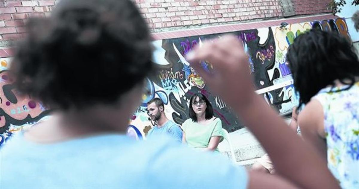 Centro Julià Romea, donde atienden a menores, en verano pasado.
