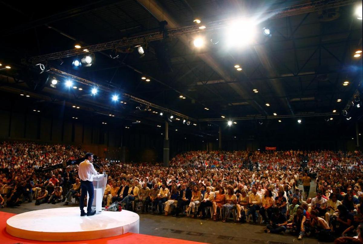 El secretario general del PSOE y hoy presidente del Gobierno, Pedro Sánchez, en la clausura del 39º Congreso Federal del partido, en Ifema, Madrid, el 18 de junio de 2017.