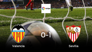 El Sevilla deja sin sumar puntos al Valencia (0-1)