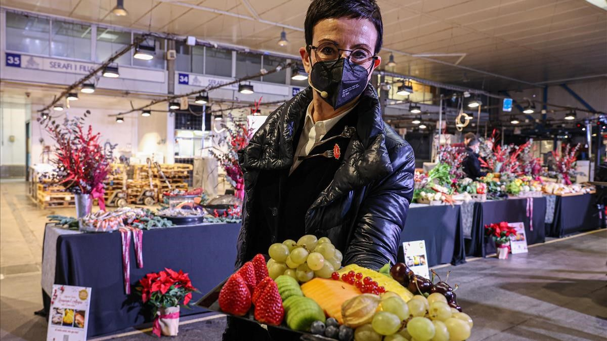 Barcelona 14 12 2020 Barcelona Los mayoristas de alimentos frescos informaran de las tendencias de consumo  precios y previsiones de venta de cara a Navidad  Con la presencia de Carme Ruscalleda  AUTOR  JORDI OTIX