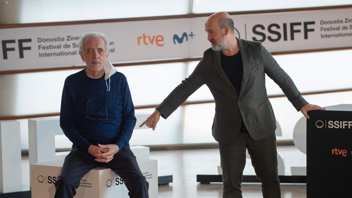 Fernando Trueba y Javier Cámara, en el Festival de San Sebastián.