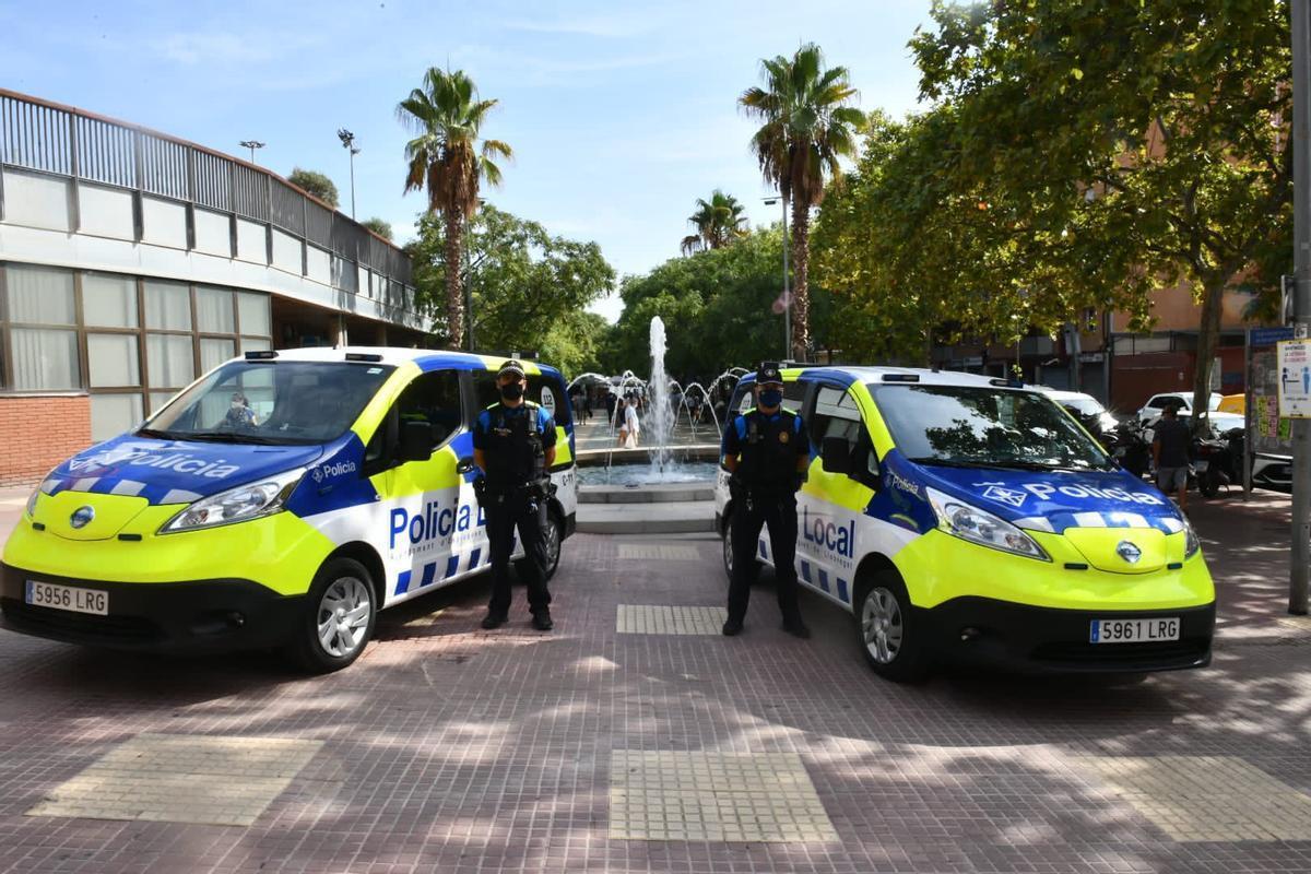 La Policía Local de Esplugues augmenta su flota con dos furgonetas eléctricas