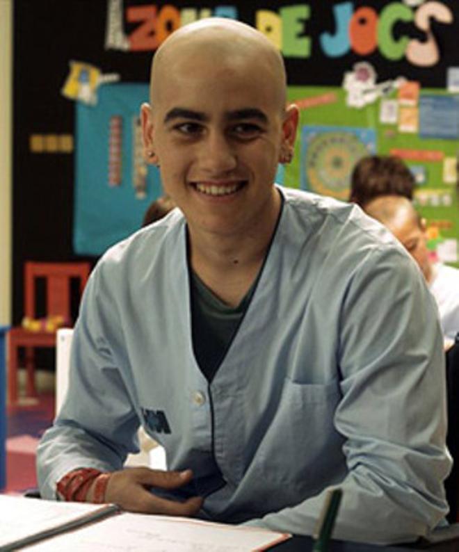 Àlex Monner interpreta a Lleó en la serie de TV-3 'Polseres vermelles'.