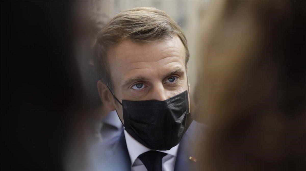 El presidente Emmanuel Macron con mascarilla el pasado 6 de cotubre.
