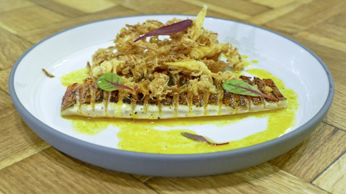 Cómo preparar salmonete con huevo frito