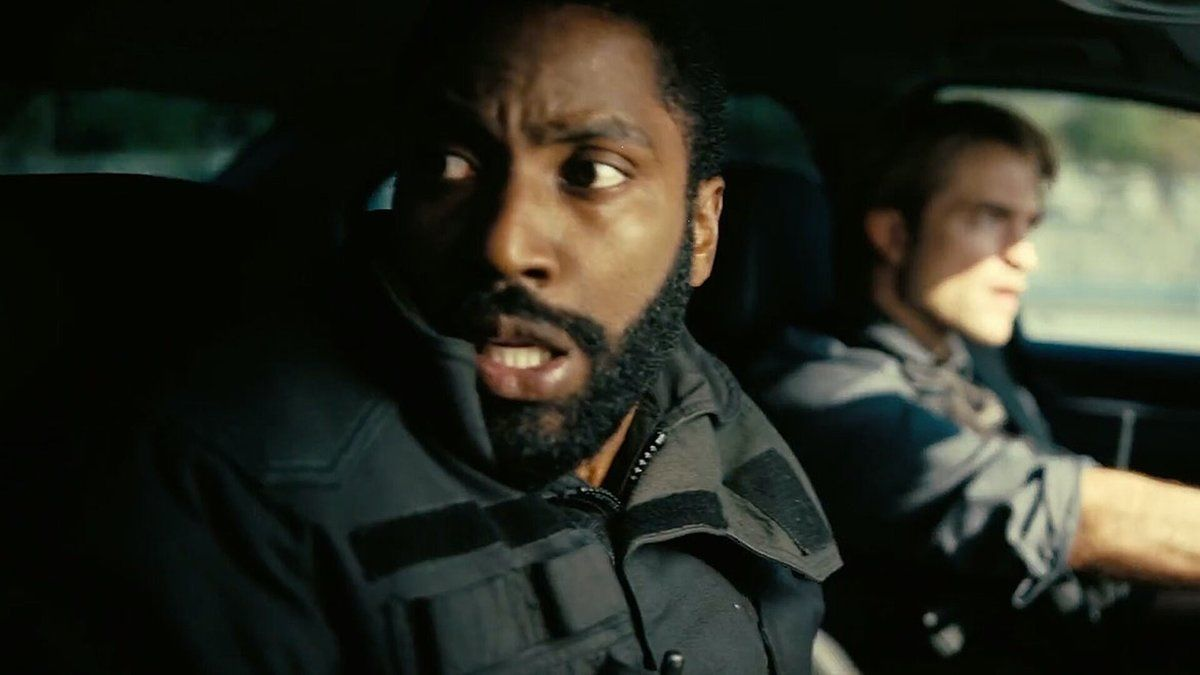 John David Washington y Robert Pattinson, en 'Tenet'