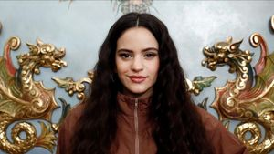 Picabaralla entre Óscar Puente i Rosalía a compte del caixet de l'artista