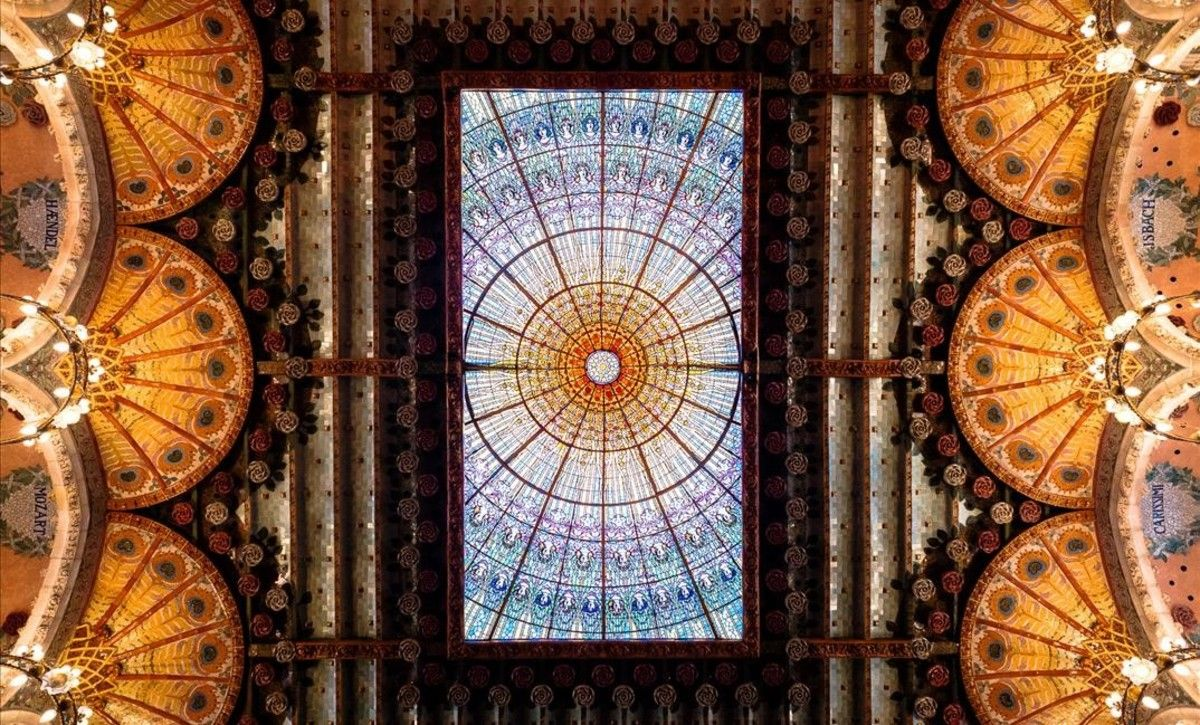 El cierlo de aires fractales del Palau de la Música Catalana.
