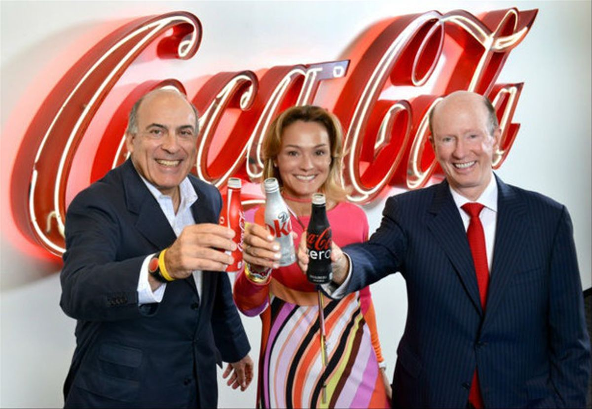 Los representantes de las tres empresas fusionadas, este jueves en Madrid.