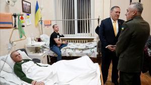 Pompeo viatja a Ucraïna en ple 'impeachment' per prometre el recolzament total dels EUA a la seva sobirania territorial