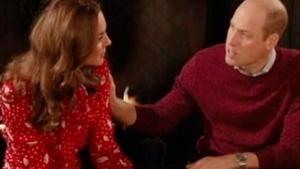 El príncipe Guillermo y su esposa, Catalina, en el programa 'A Berry Royal Christmas' de la BBC.