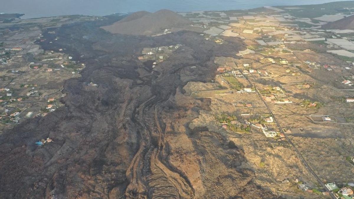 La Palma teme que la lava entierre su cementerio
