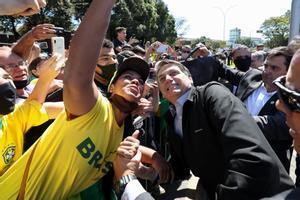 Bolsonaro confirma un acuerdo de 3.200 millones de euros para vacunas
