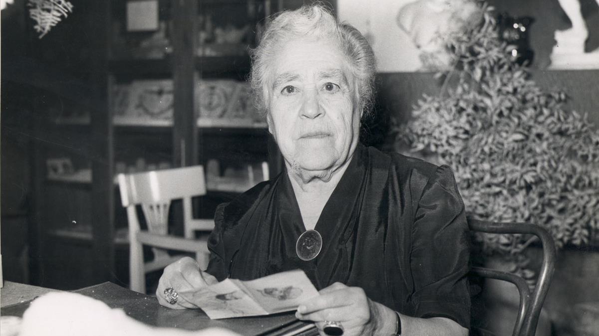 La escritora Víctor Català, seudónimo de CaterinaAlbert.