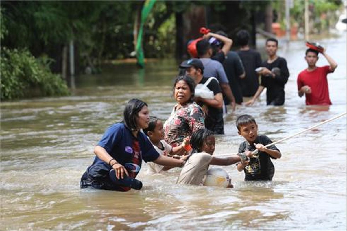 Inundaciones en Indonesia en el 2020 por fuertes lluvias.