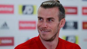 Gareth Bale en rueda de prensa con su selección.