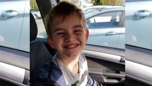 Una imagen del niño autista compartida por la madre en las redes sociales.