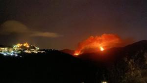 Imagen del incendio en Sierra Bermeja (Málaga).