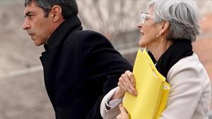 Josep Lluís Trapero y su abogada, Olga Tubau