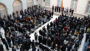 El auditorio del Parlament, durante la declaración institucional de Roger Torrent, este sábado.