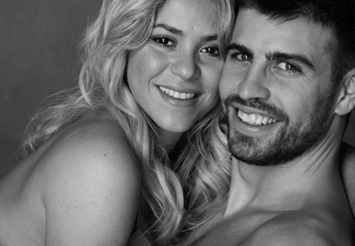 Shakira y Piqué, en una imagen que ha distribuido la cantante a través de su cuenta de Twitter.