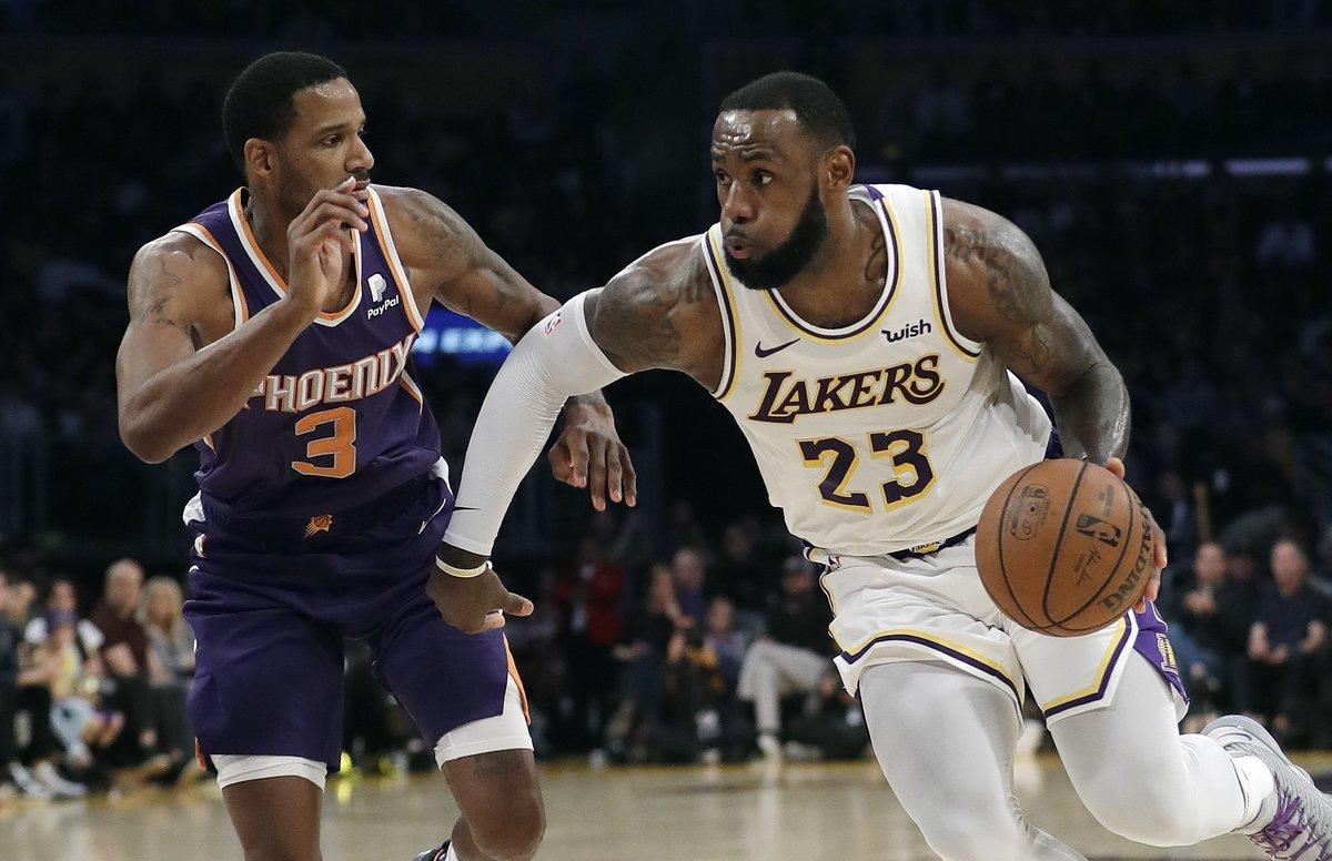 La victoria fue la tercera consecutiva de los Lakers (14-9) en su campo del Staples Center en los últimos cuatro días y siguen en el tercer lugar de la División Pacífico.