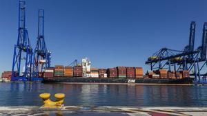 Dos nens s'ofeguen després de saltar a l'aigua al port de València per no ser repatriats