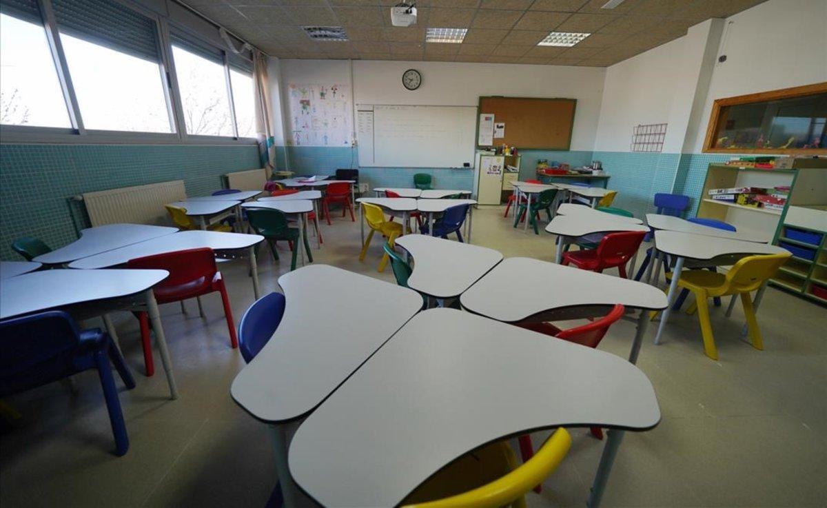 Les escoles han de tornar a les famílies els imports de material i sortides