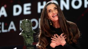 Ángela Molina recibe el Goya de Honor