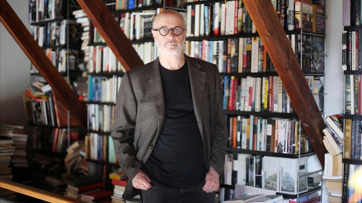 El escritor Rodrigo Fresán