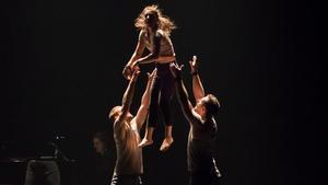 Espectaculos 'En masse', de la compañía australiano Cira Contemporany Circus