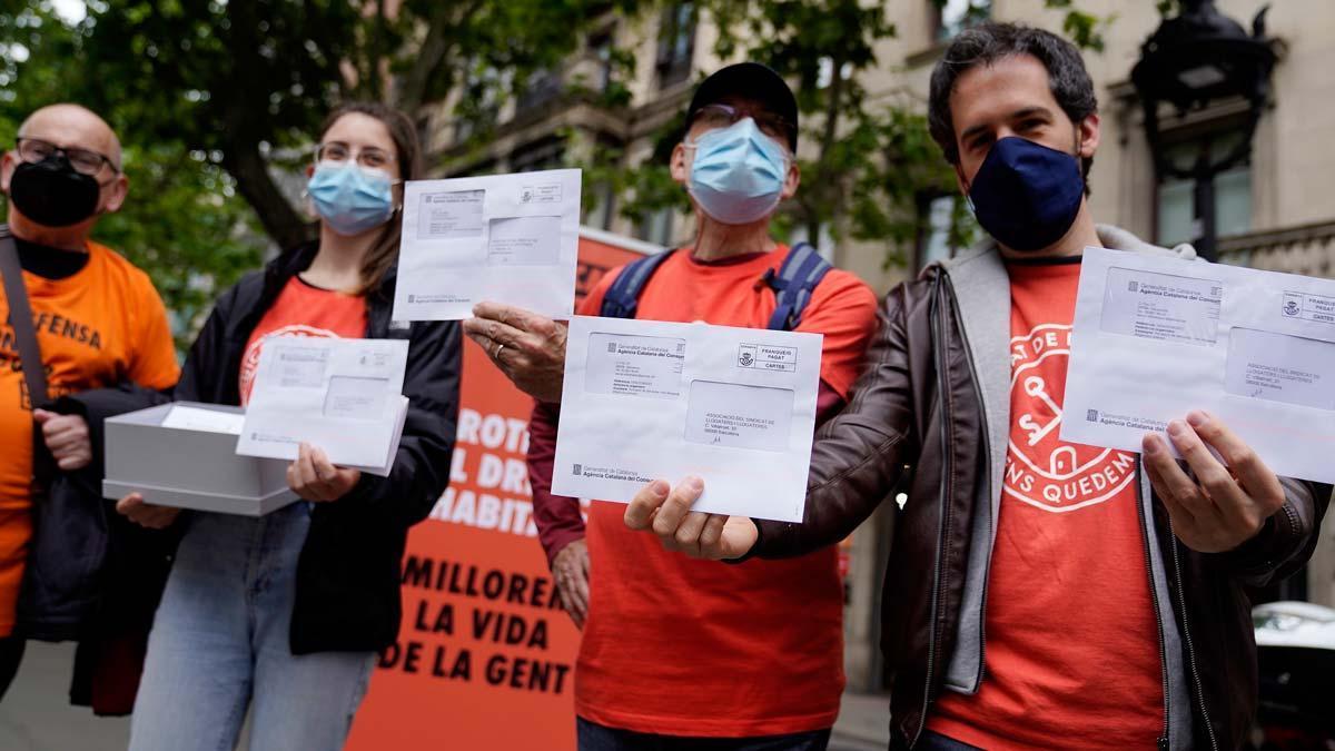 Activistas del Sindicat de Llogateres en Barcelona.