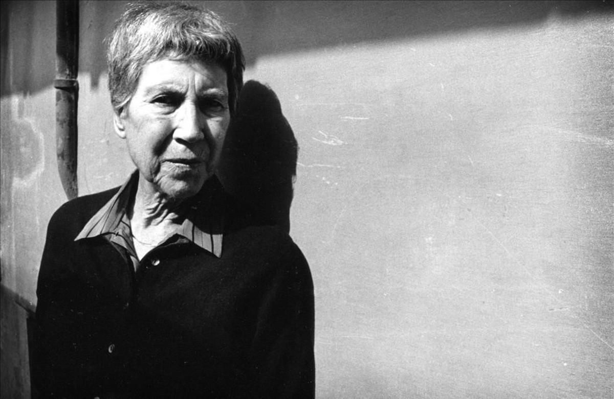 Natalia Ginzburg, en Roma en 1989.