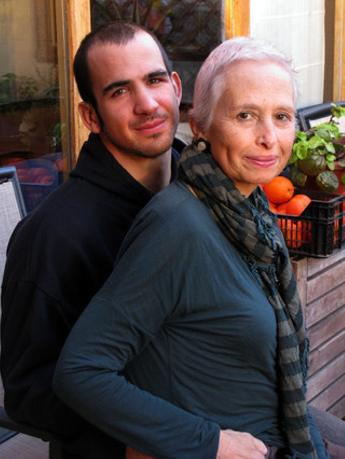 Miriam Argilés y su hijo Adrià.