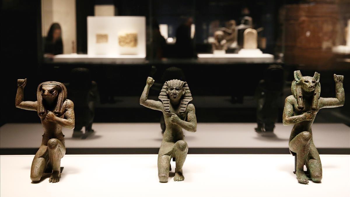Piezas de la exposición 'Faraón', en CaixaForum.