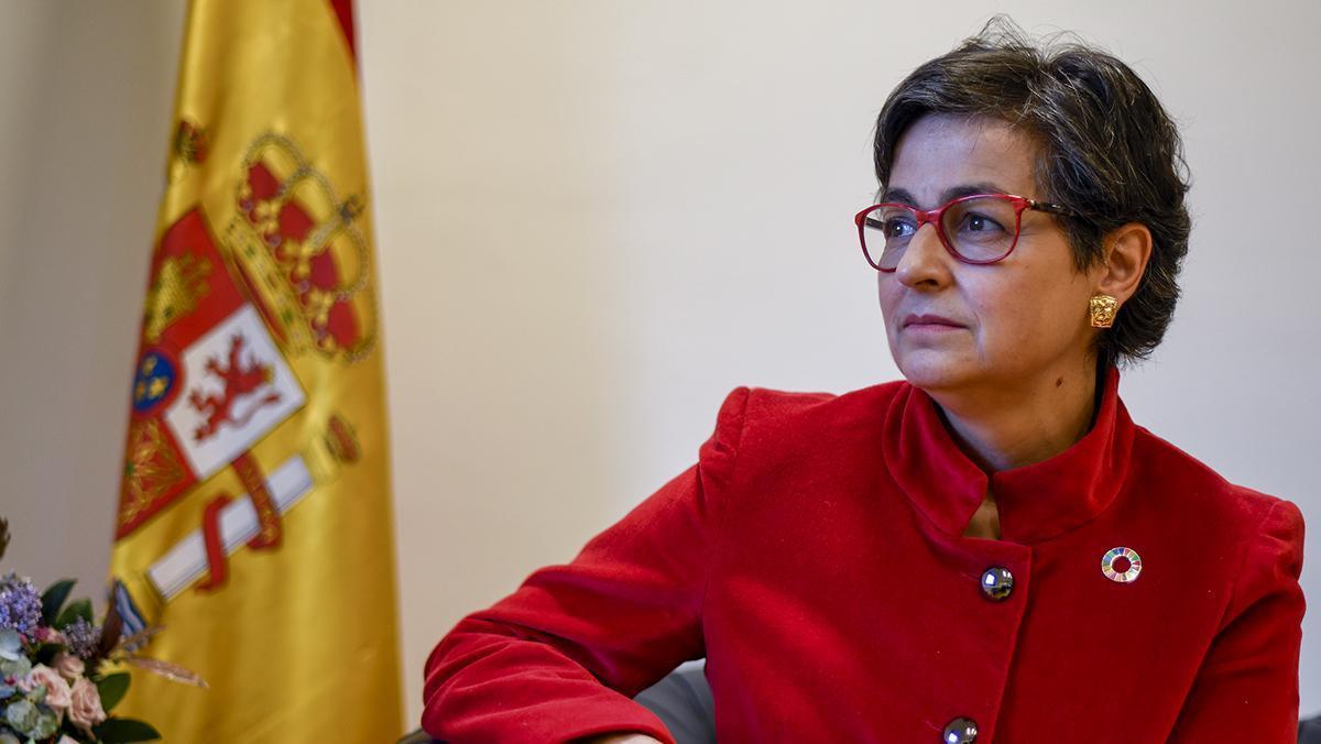 Arancha González Laya, ministra de Asuntos Exteriores, entrevistada por El Periódico de Catalunya