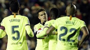 Coutinho tras el gol de penalti que marcóal Levante.