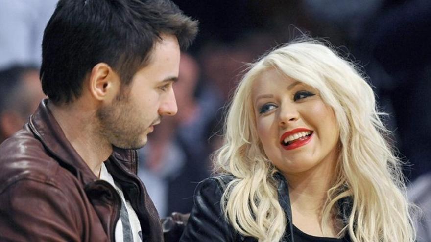 Christina Aguilera saca del anonimato por una noche al amor de su vida
