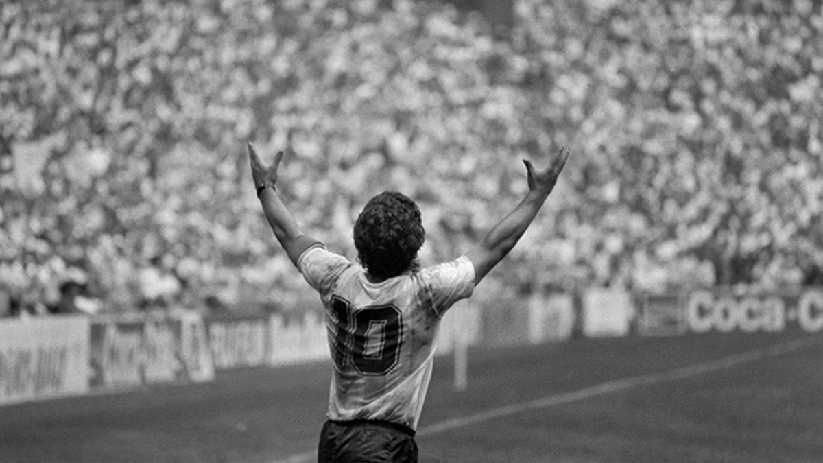 Muere Diego Armando Maradona.