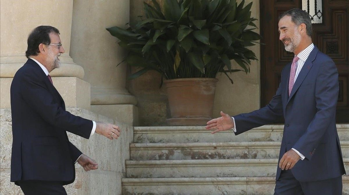 Rajoy señala a la Generalitat catalana por el caos de El Prat