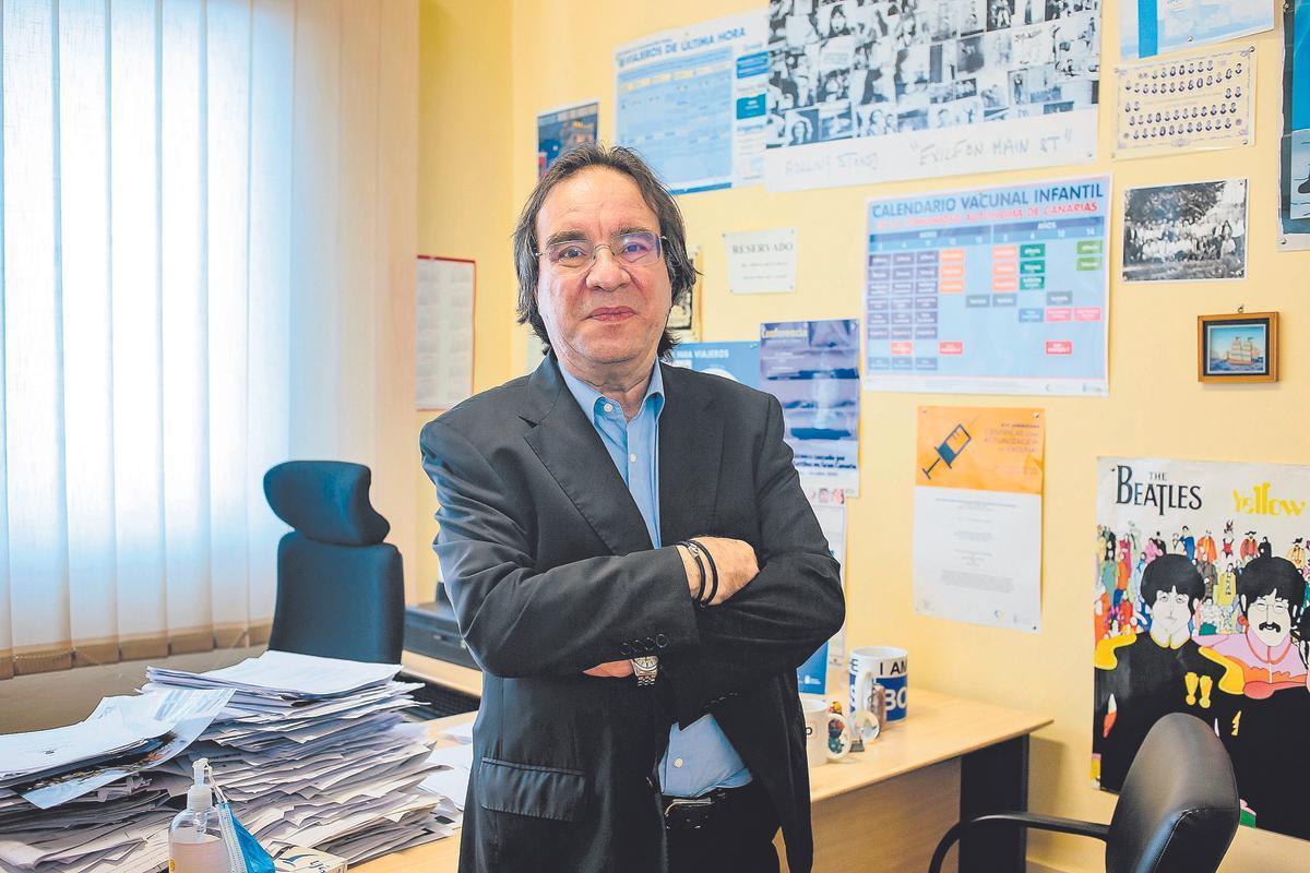 """Dr. Amós García Rojas: """"No hay vacunas buenas y malas, lo malo es la enfermedad y las vacunas la evitan"""""""