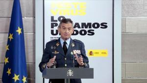 El general Villarroya, en rueda de prensa.