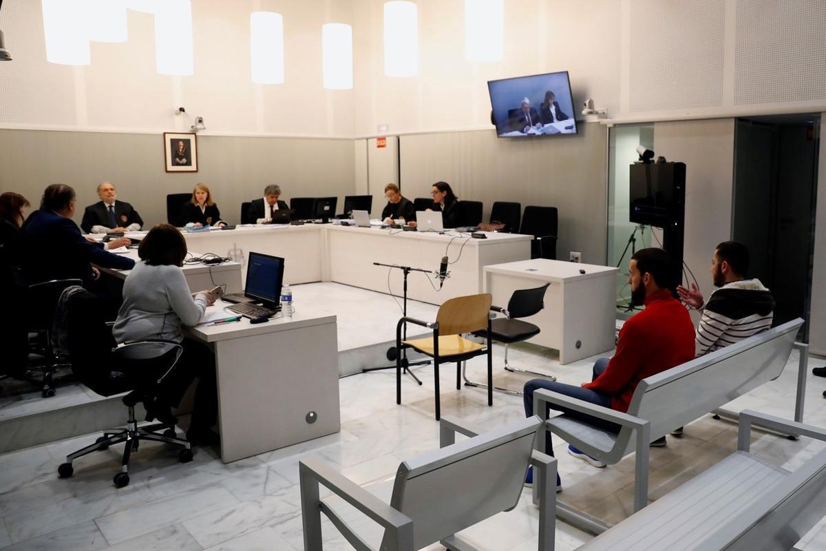 Vista del juicio en la Audiencia Nacional contra dos presuntos yihadistas de origenmarroquí.